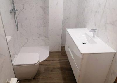 Reforma de baño en mármol